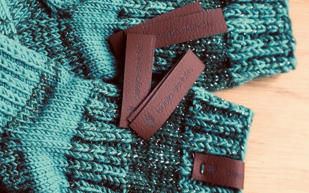 Grüne Socken mit Glitzer