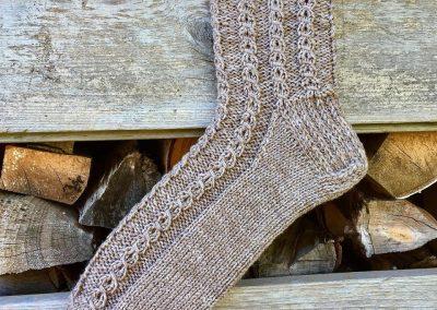 Braune Socken | Stricken |Beeja strickt