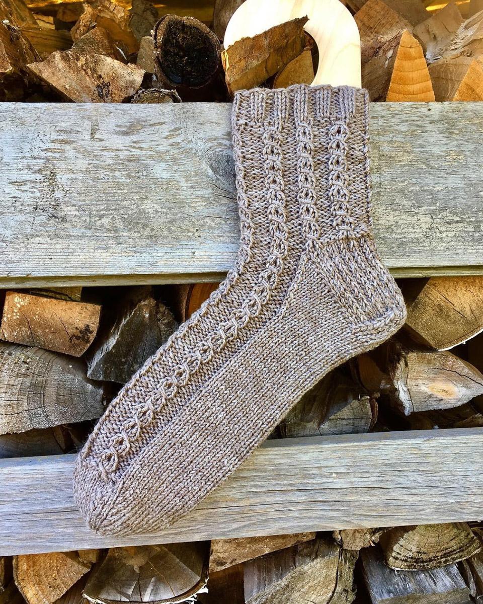 Braune Socken   Stricken  Beeja strickt