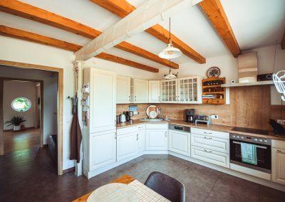 Küche | FeWo HERZENSLUST | Ostsee Ferienwohnungen in Büttelkow