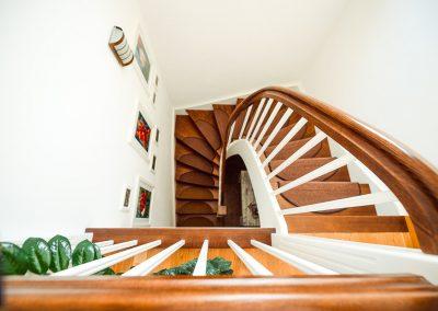 Treppe | FeWo HERZENSLUST | Ostsee Ferienwohnungen in Büttelkow