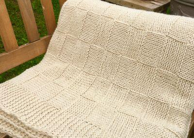 große Wolldecke aus Wolle und Mohair |Beeja strickt